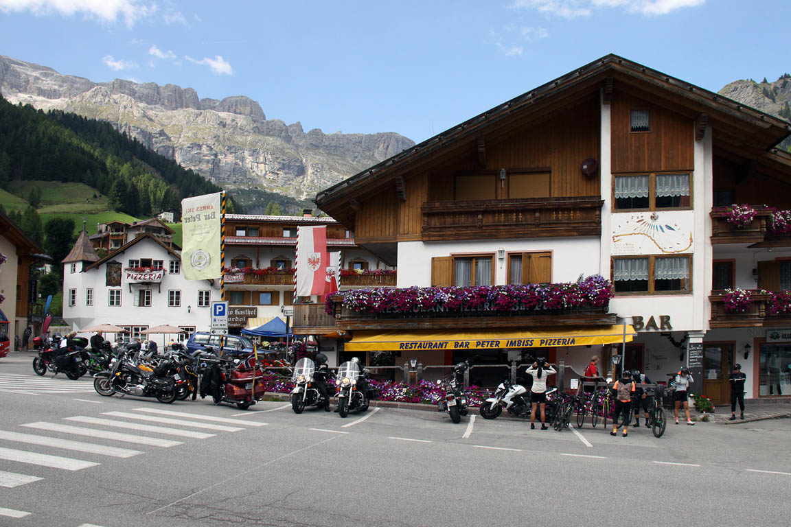 Stopover restaurant for motorcyclists and cyclists in Arabba Dolomites