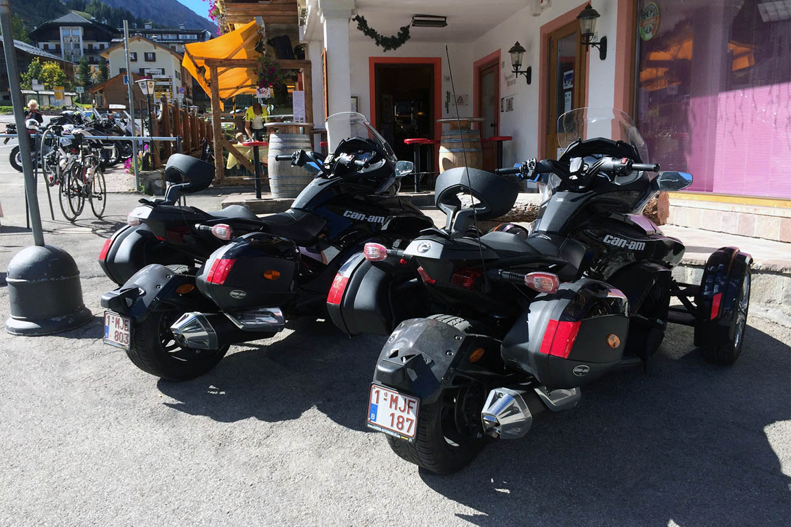 Stopover restaurant for motorcyclists and cyclists Arabba Dolomites